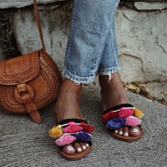 aed08580e4d Soludos • Multicolor Tassel Boho Sandals Slides. M 5c57e8f1409c158f7aca602b